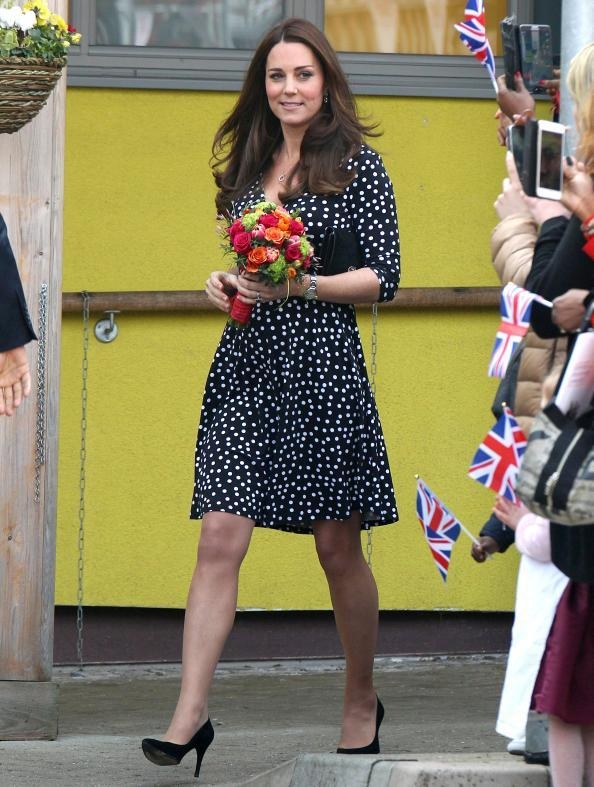 031815-kate-middleton-brookhill-children-centre_0_1