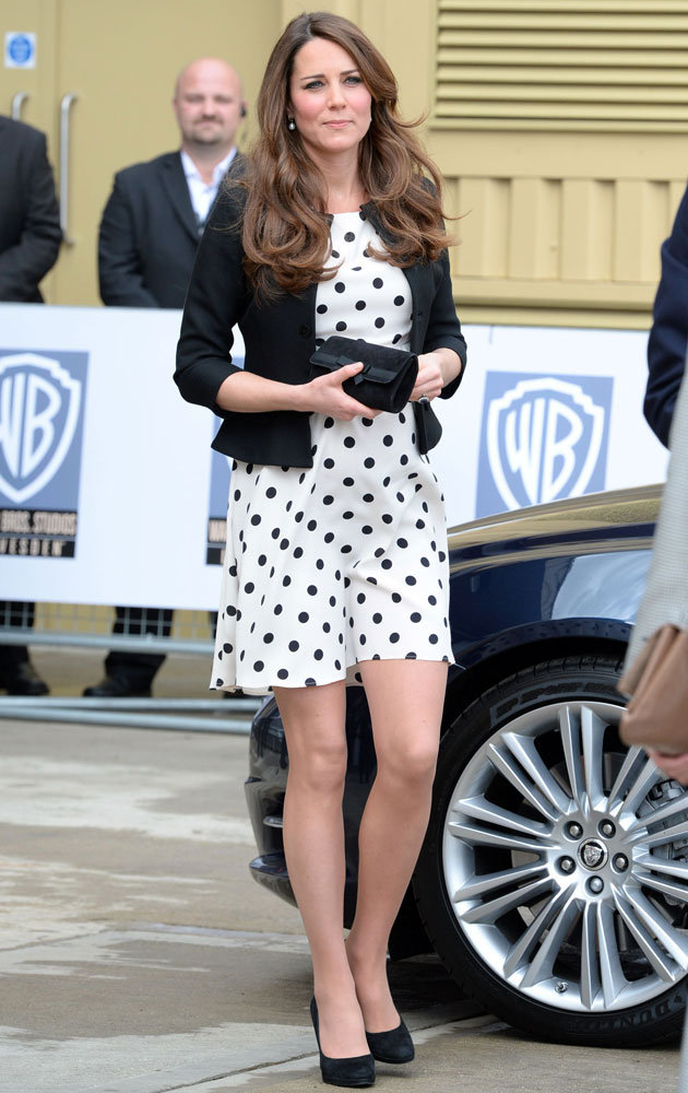 kate-middleton-warner-bros-studio-launch-outfit-26-04-2013-jpg_105340